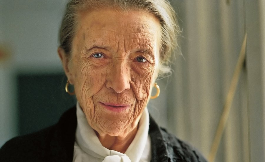 louise-bourgeois-portrait
