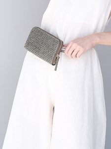 Convertible Wallet in Moss Raffia