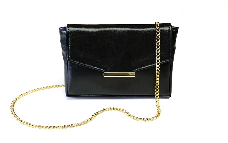 Convertible Belt Bag in Black (Chain and Belt)